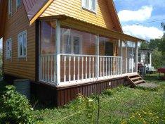 Гибкие окна из ПВХ в загородном доме